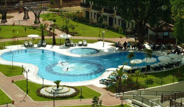 600x350-Auka-Vital-Park-Pool2