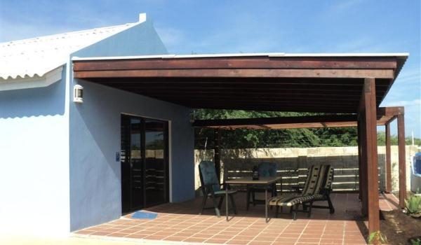600x350-Bonaire-RoRo-Porch1-600x350