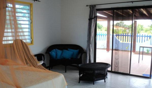 600x350-Bonaire-RoRo-living1-600x350