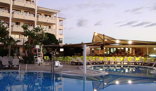 playa de las am ricas aparthotel parque la paz. Black Bedroom Furniture Sets. Home Design Ideas