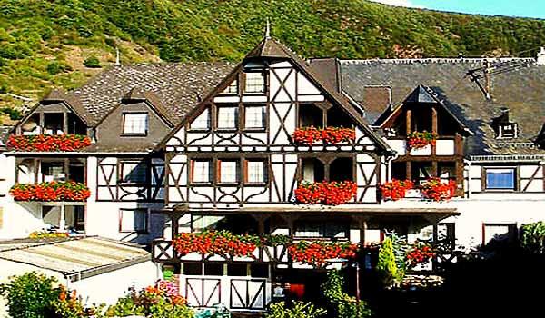 Moezel-Ernst-Gaesthaus