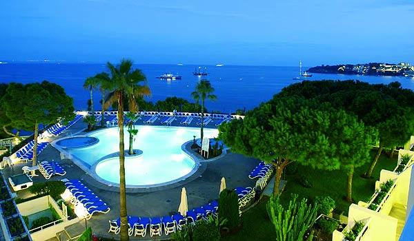 Mallorca_Hotel-Ponent-de-Mar-Palma-Nova-Zwembad