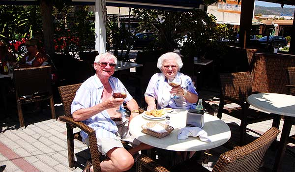 Mallorca Rey-Don-Jaime-Senioren-op-terras